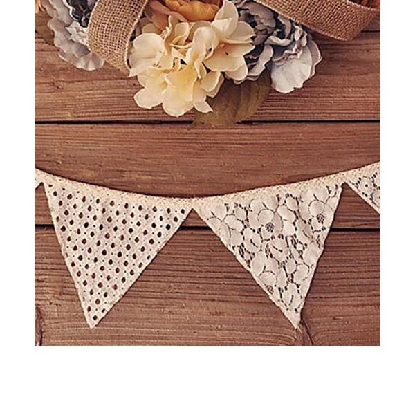 Triangle Elegant Lace/Linen Wedding Ornaments (10 Pieces)