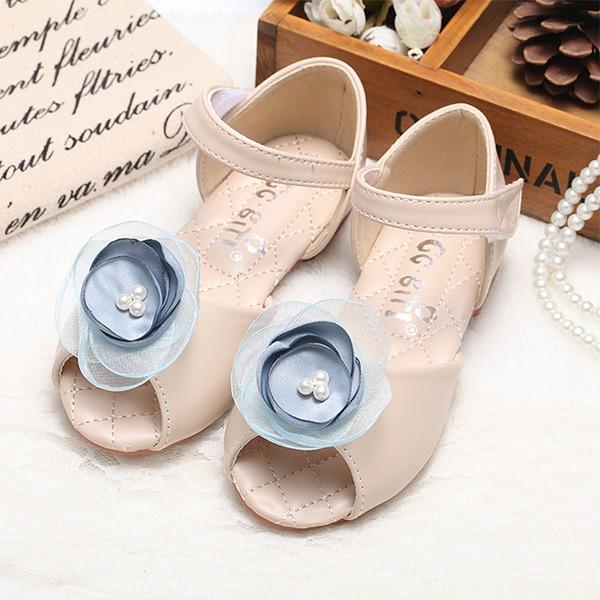 Mädchens Peep Toe Leder Flache Ferse Sandalen Flache Schuhe Blumenmädchen Schuhe mit Satin Schleife Klettverschluss