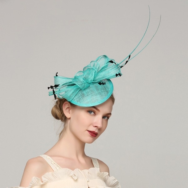 Dames Unique Batiste/Feather avec Feather Chapeaux de type fascinator