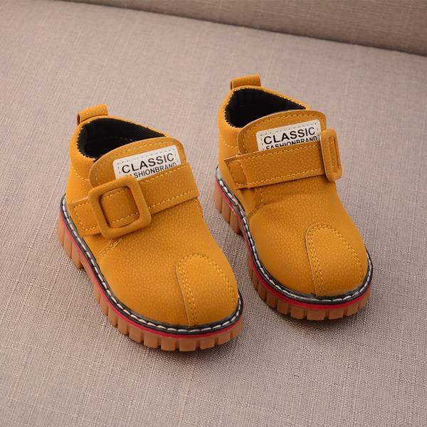 Unisexmodell Round Toe Lukket Tå Microfiber Lær flat Heel Flate sko Støvler med Spenne