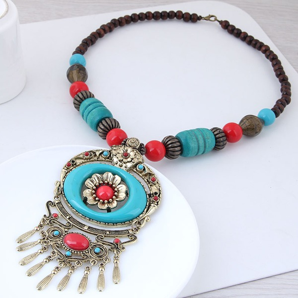 Beautiful Alloy Resin Women's Fashion Necklace