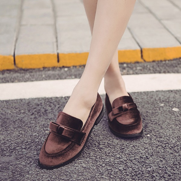 Women's Velvet Flat Heel Flats Closed Toe With Bowknot shoes