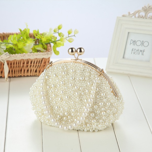 Pearl Clutches