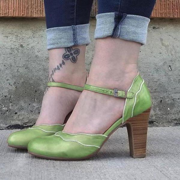 Женщины кожа PU Устойчивый каблук На каблуках Закрытый мыс с пряжка обувь