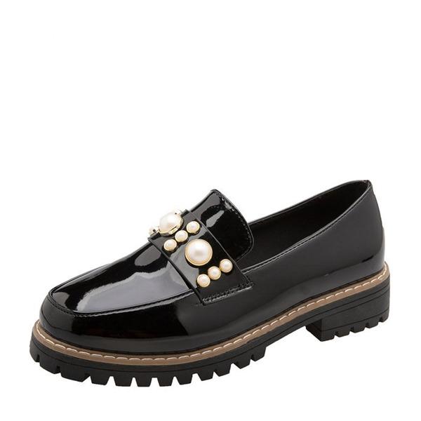 Frauen Lackleder Niederiger Absatz Flache Schuhe Geschlossene Zehe mit Nachahmungen von Perlen Schuhe