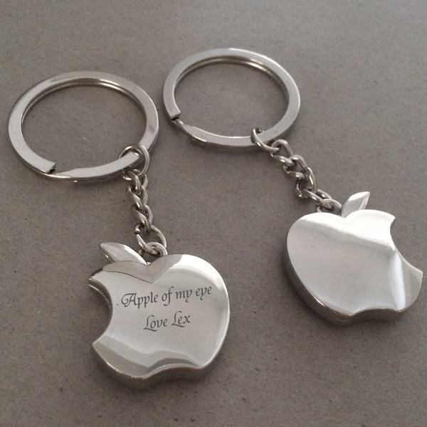 Personalized Apple Stainless Steel/Zinc Alloy Keychains (Set of 4)
