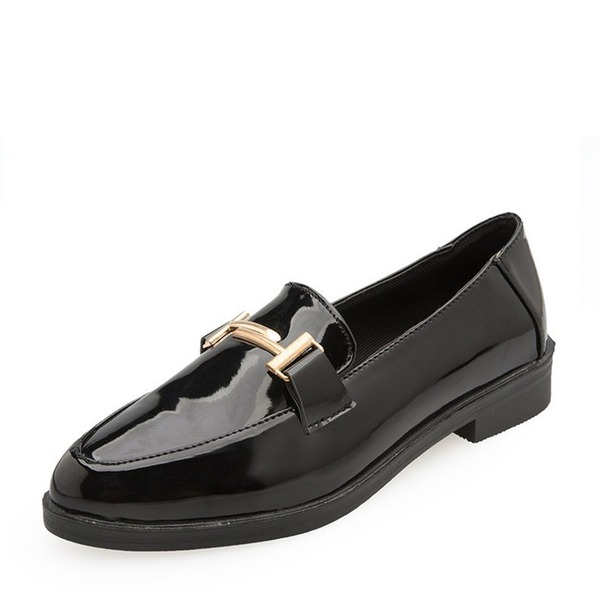 Frauen Lackleder Niederiger Absatz Flache Schuhe Geschlossene Zehe mit Kette Schuhe
