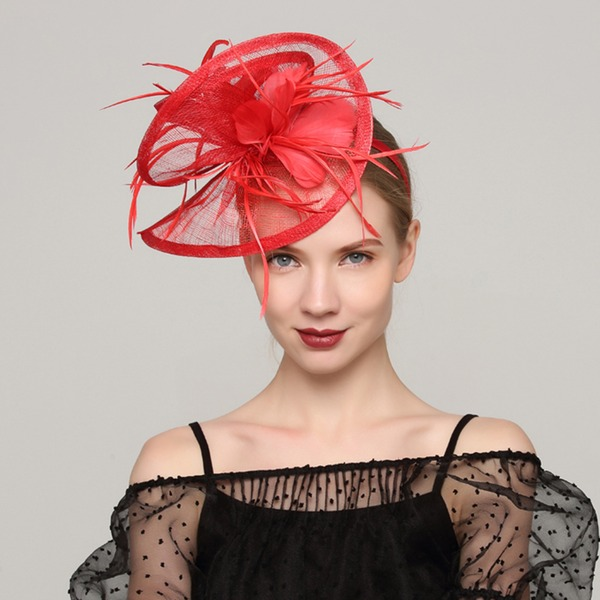 Dames Spécial Batiste/Feather avec Feather Chapeaux de type fascinator