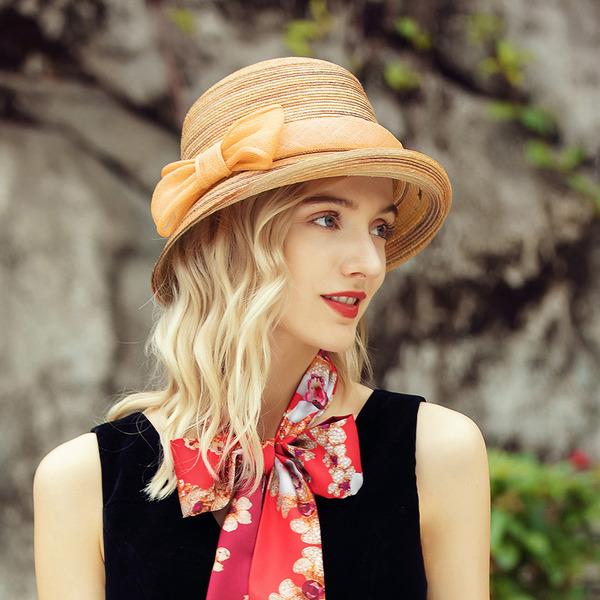 Ladies ' Kouzlo/Nejžhavější Bílá látka podobná bavlně/Pšeničná sláma S Bowknot Slaměný klobouk/Pláž / sluneční klobouky/Kentucky Derby Klobouky