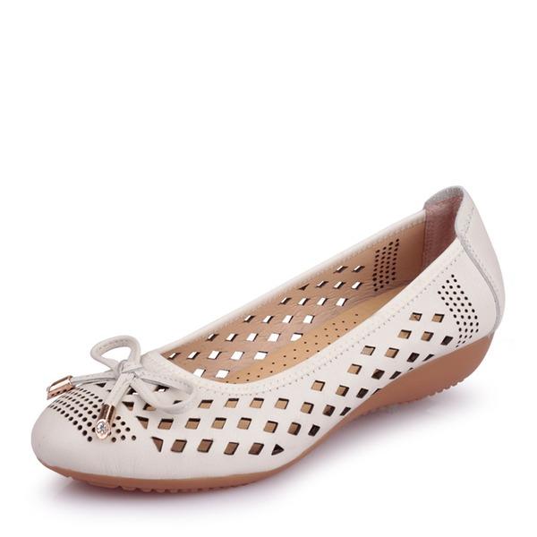 Frauen Echtleder Flascher Absatz Flache Schuhe Geschlossene Zehe mit Hohl-out Schuhe