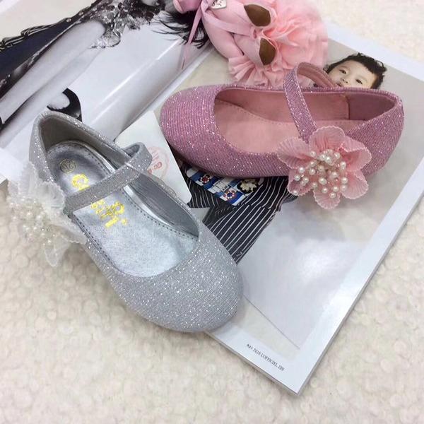 Mädchens Geschlossene Zehe Leder niedrige Ferse Blumenmädchen Schuhe mit Perlstickerei Klettverschluss Blume