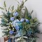 Nice Free-Form Silk Flower Bridal Bouquets -